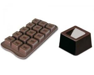 Chocolate Molds ~ Easy Chocolate Cake