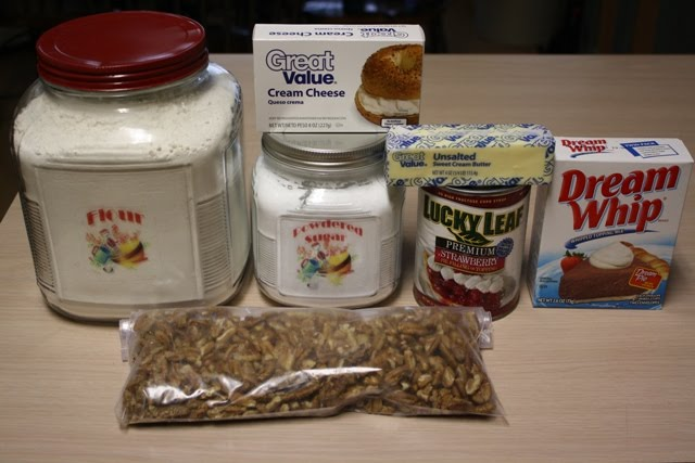These are the ingredients you will need: All purpose flour, powdered ...