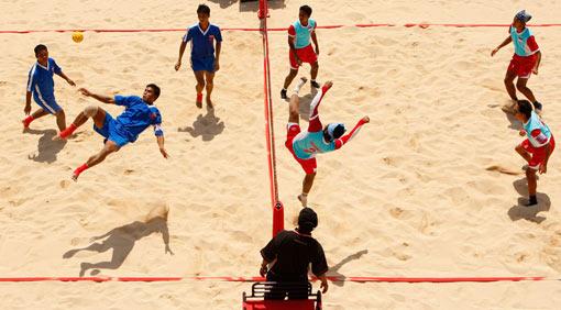 [SHARE}Permainan yg Terlupakan .... Cekidot Takraw%20asian-beach-games_2008_indonesian_myanmar