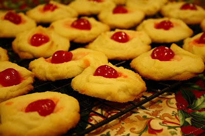 Captive Creativity: Whipped Shortbread Maraschino Cherry Cookies