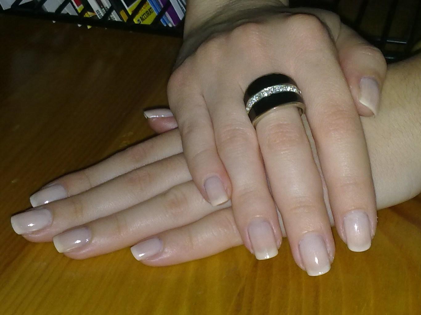 Наращивание ногтей небольшая длина фото
