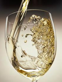 Los vinos historia del vino for Copa vino blanco