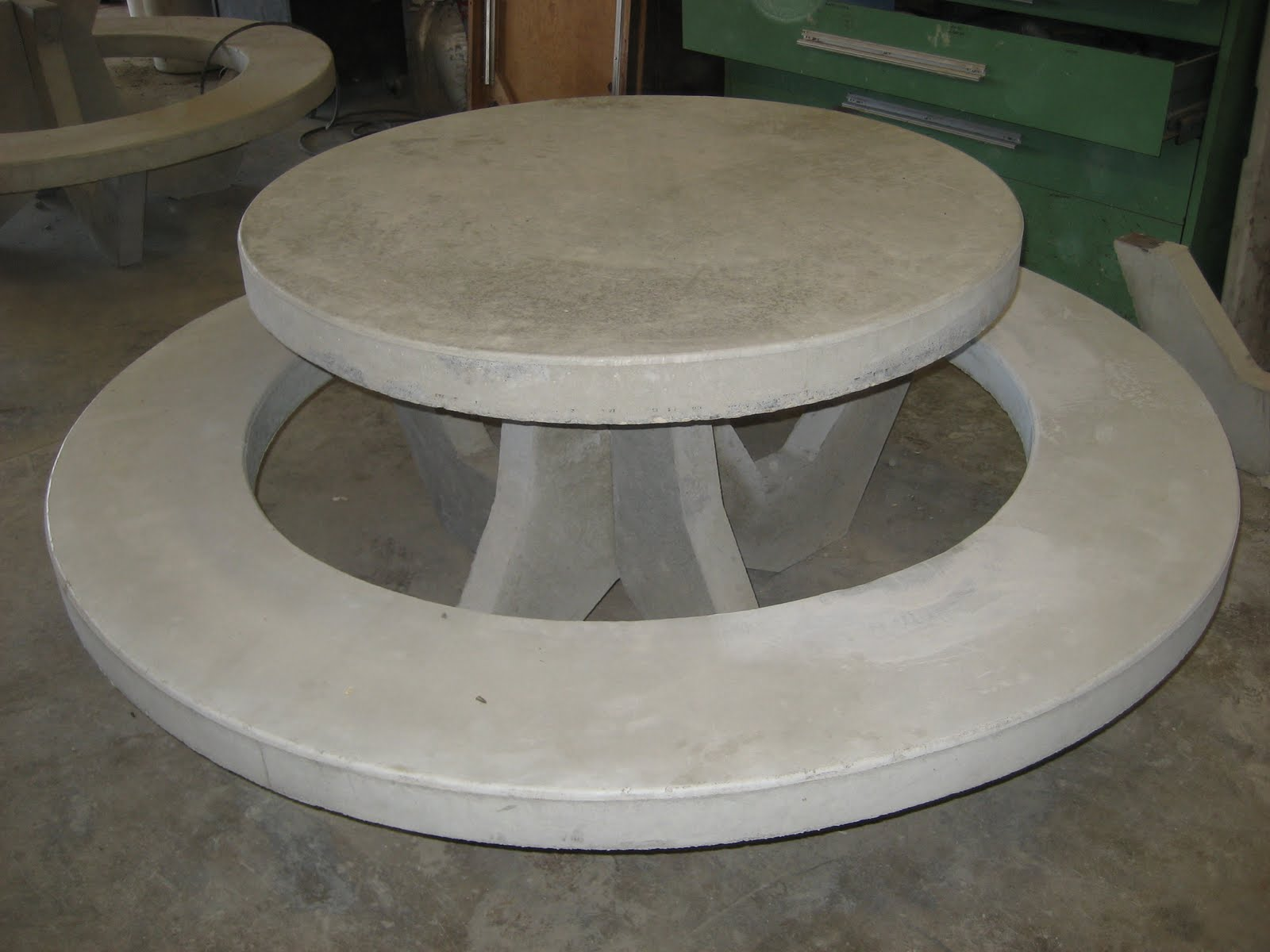Hutterville Precast Concrete Picnic Table - Concrete picnic table forms