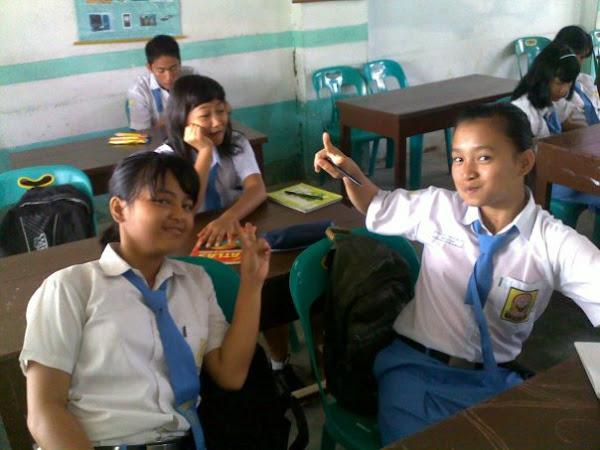 Keakraban Siswa di DalaM Proses PembelajaN In BilinGuaL Class