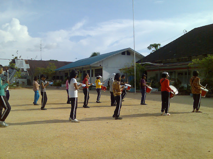 Suasana Latihan Marching B 4 N D