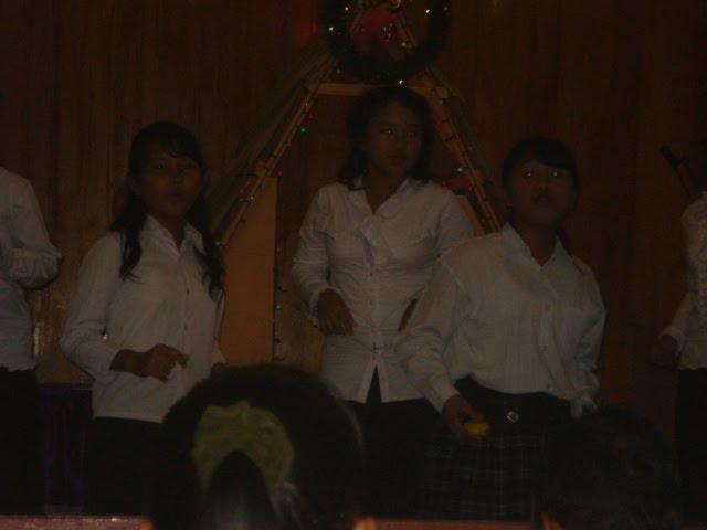 Vocal Grub Siswa SMP Negeri 1 Sibolga pada saat Perayaan Natal