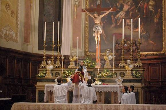 SANCTA MISSA TRIDENTINA
