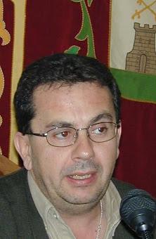 NICOLÁS PIÑERO GALINDO. en el año 2001