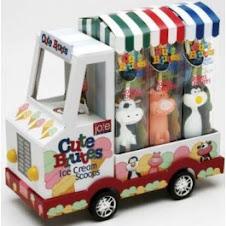 Colher de sorvete que é distração para os pimpolhos