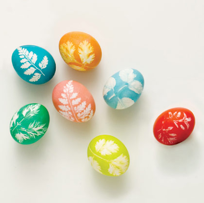 Leaf printed eggs by Family Fun