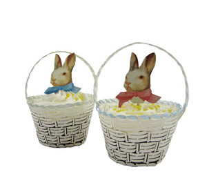 Cupcake wrapper wicker basket by Fancy Flours
