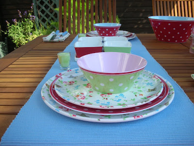 Alfresco dining Cath Kidston style