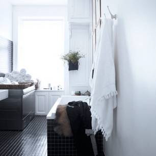Marianne Brandi and Keld Mikkelsen's bathroom