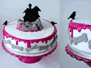 Halloween cake by Torie Jayne
