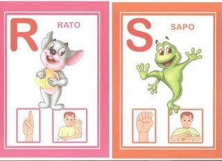 rs 6 modelos de alfabeto em Libras: 1 é só copiar e 5 para DOWLOAD. para crianças