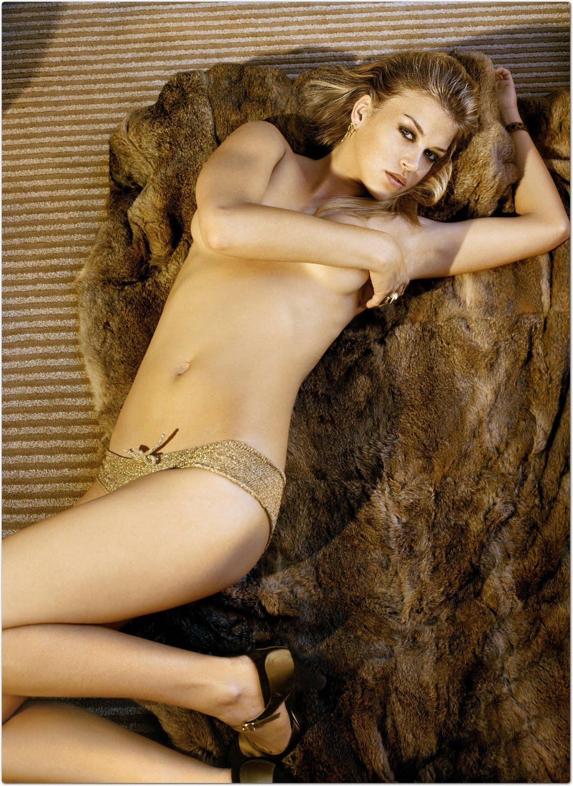http://2.bp.blogspot.com/_gdq4UJnJW5E/S-J9SfcUXiI/AAAAAAAABzQ/nA_0NLiMapM/s1600/Adrianne+Palicki+18.jpg