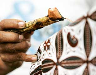 Berkat Batik, Raup Omzet Miliaran Rupiah Per Bulan