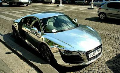 http://2.bp.blogspot.com/_gfXupHOEhH0/SrDM4RRypvI/AAAAAAAAKHk/ABYKhjEKrV8/s400/Chrome_Audi_R8-PIC.jpg