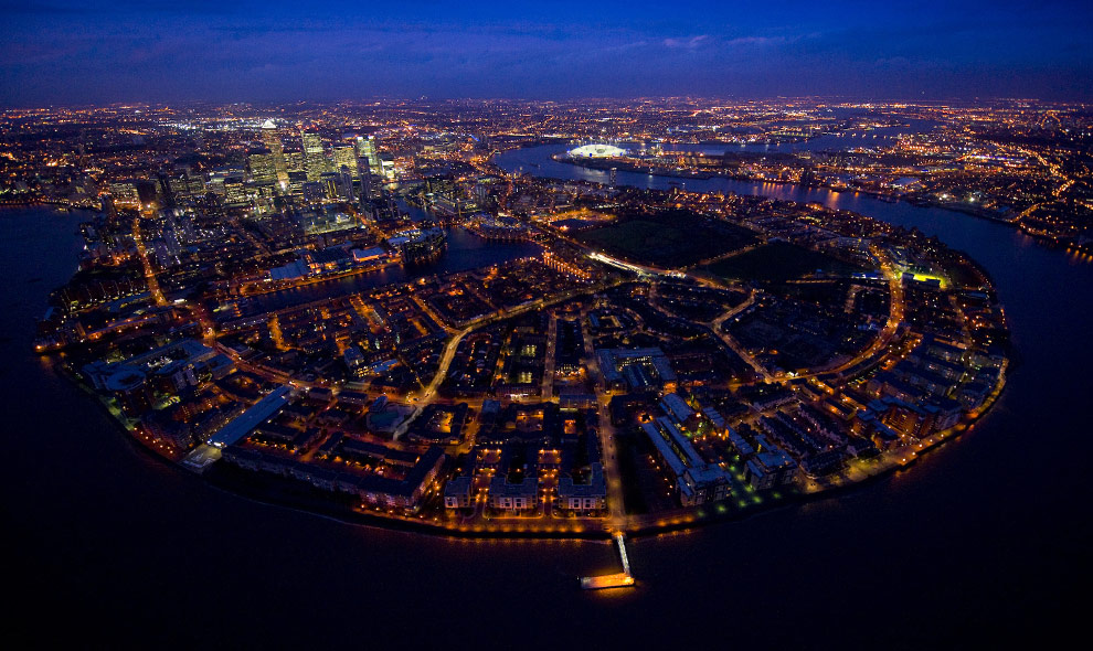London Pictures... London Skyline At Night From Above