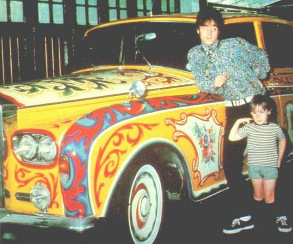 Why Lennon choose Rolls Royce was the opportunity of personalizing it.