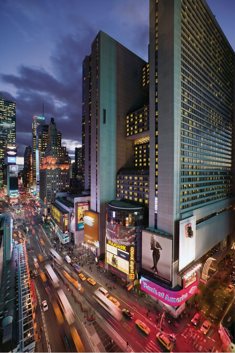 Top 10 highest hotels in new york travelphant travel blog for Famous hotel in new york