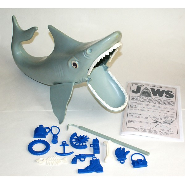 Shark Toys And Games : The jaws shark game is still working
