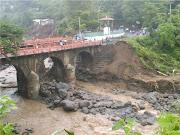 IMÁGENES DEL DESASTRE EN SAN VICENTE (EL SALVADOR)