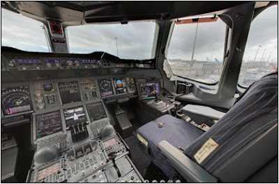 Airbus A380 Virtual Cockpit