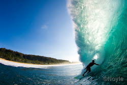 Surfeurope spread and youtube video from Pipeline