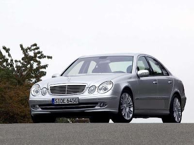 2004 Mercedes Benz E350 Estate. 2005 Mercedes-Benz E350 with