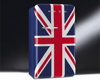 Frigorífico SMEG com a bandeira do Reino Unido um verdadeiro ícone ao estilo retro.