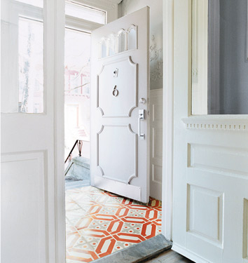 Entryways: Does Size Matter? | Musings