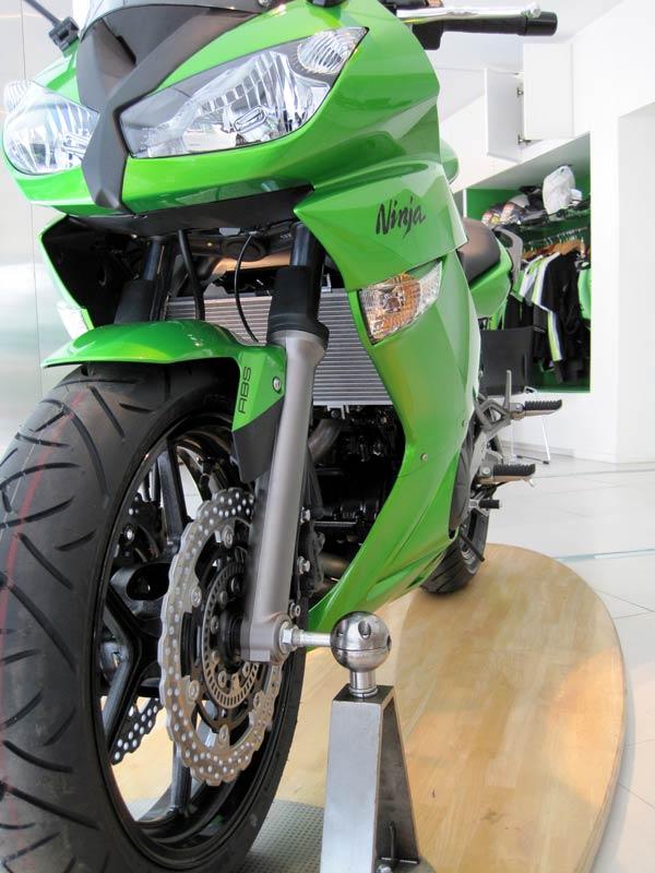 Ninja Motorcycle Kawasaki 2010. 2010 Kawasaki Ninja 650R ABS