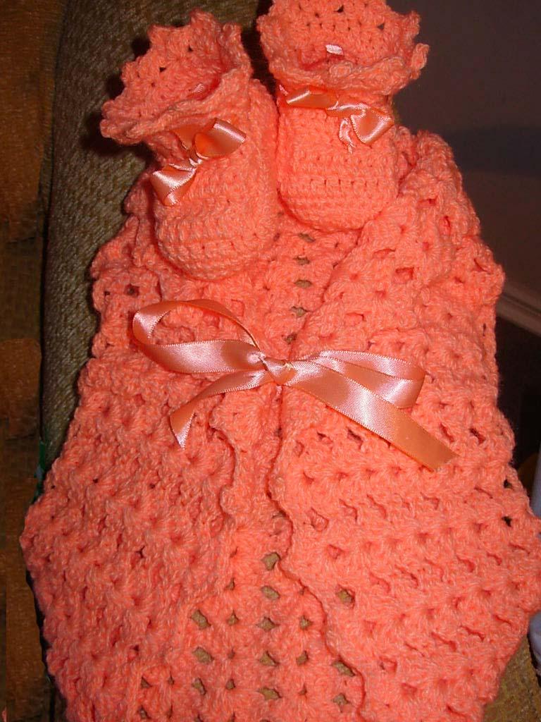 Aqui les dejo algunas cositas para bebe y ninñas que he tejido... de ...