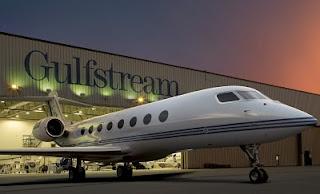 define luxury service