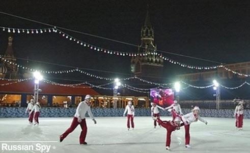 [skating_rink_moscow.jpg]