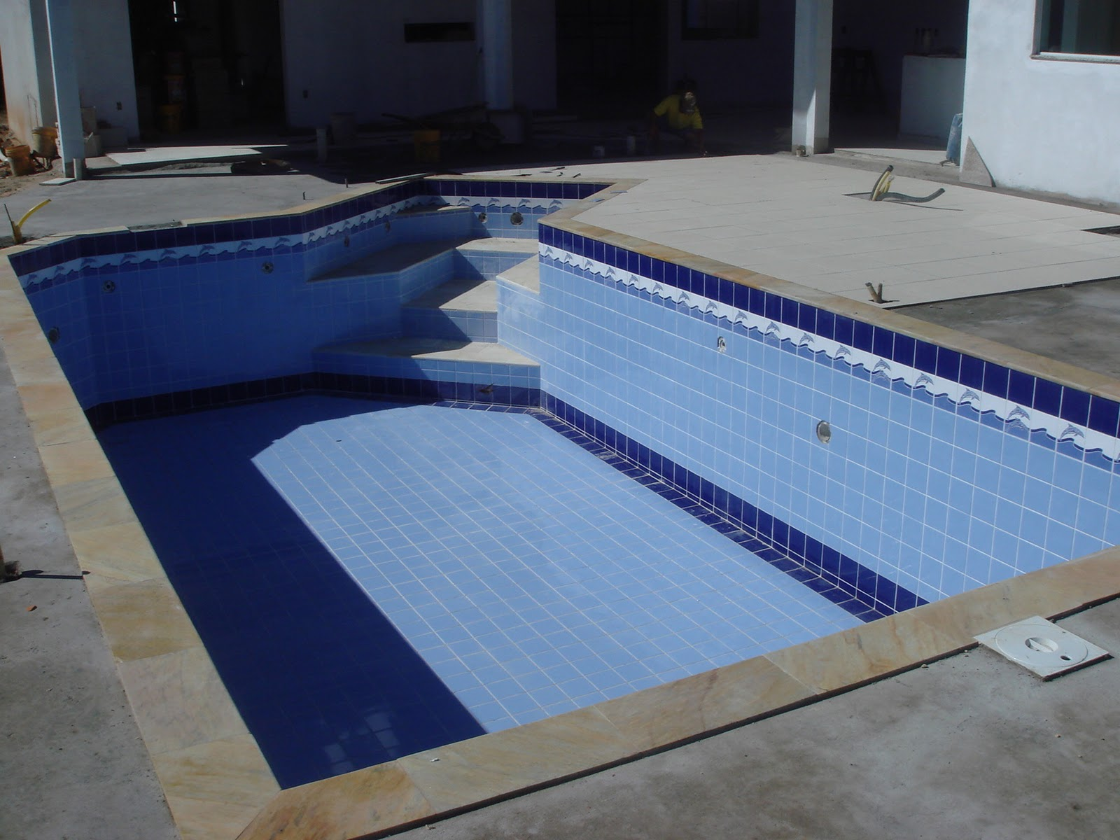 Fa o piscinas 19 9621 8011 19 9240 3570 for Azulejo para piscina