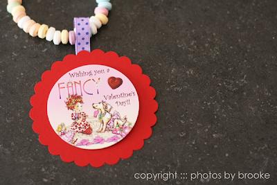DIY Fancy Necklace Valentines | Class Valentines