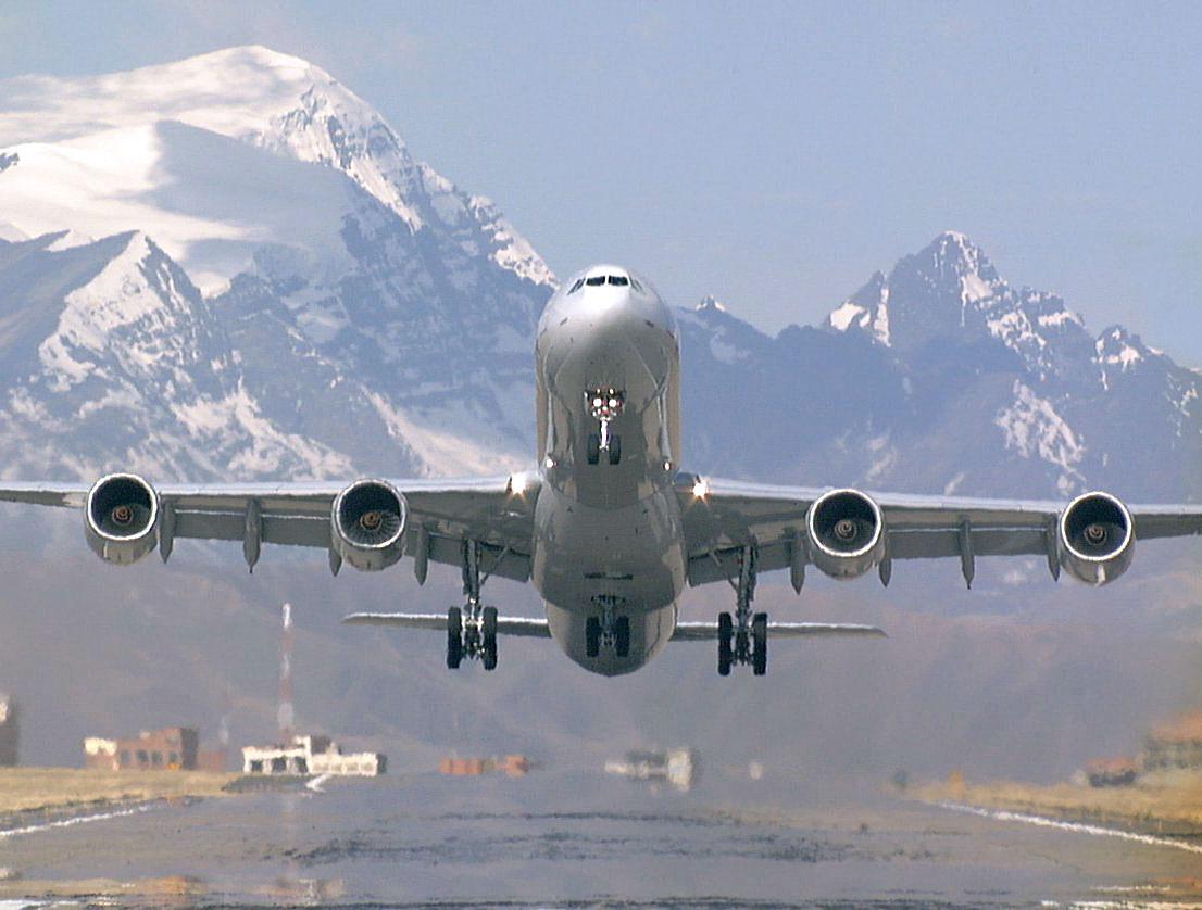 http://2.bp.blogspot.com/_gpOdmijFtb4/THAGeHeHGdI/AAAAAAAAADA/DV1DlFlDu3I/s1600/airplane-takeoff.jpg