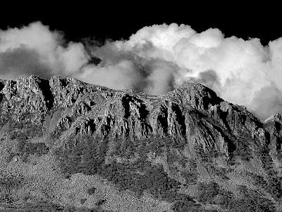 Collins Bonnet from Trestle Mountain, Wellington Range, Tasmania - 17th May 2007