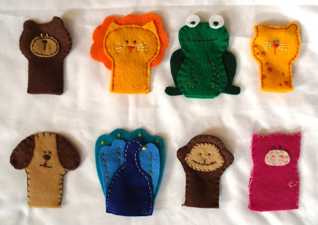 bear, lion, frog, cat, dog, peacock, monkey, and pig free finger puppet patterns