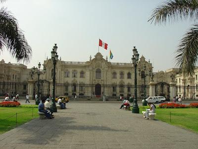 Palacio de Gobierno de día