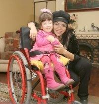 Teresa Espinoza con su hermosa hija