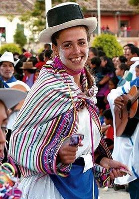 Mujer hermosa en el Carnaval de Ayacucho