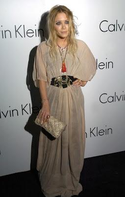 Mary-Kate Olsen Gold Pendant