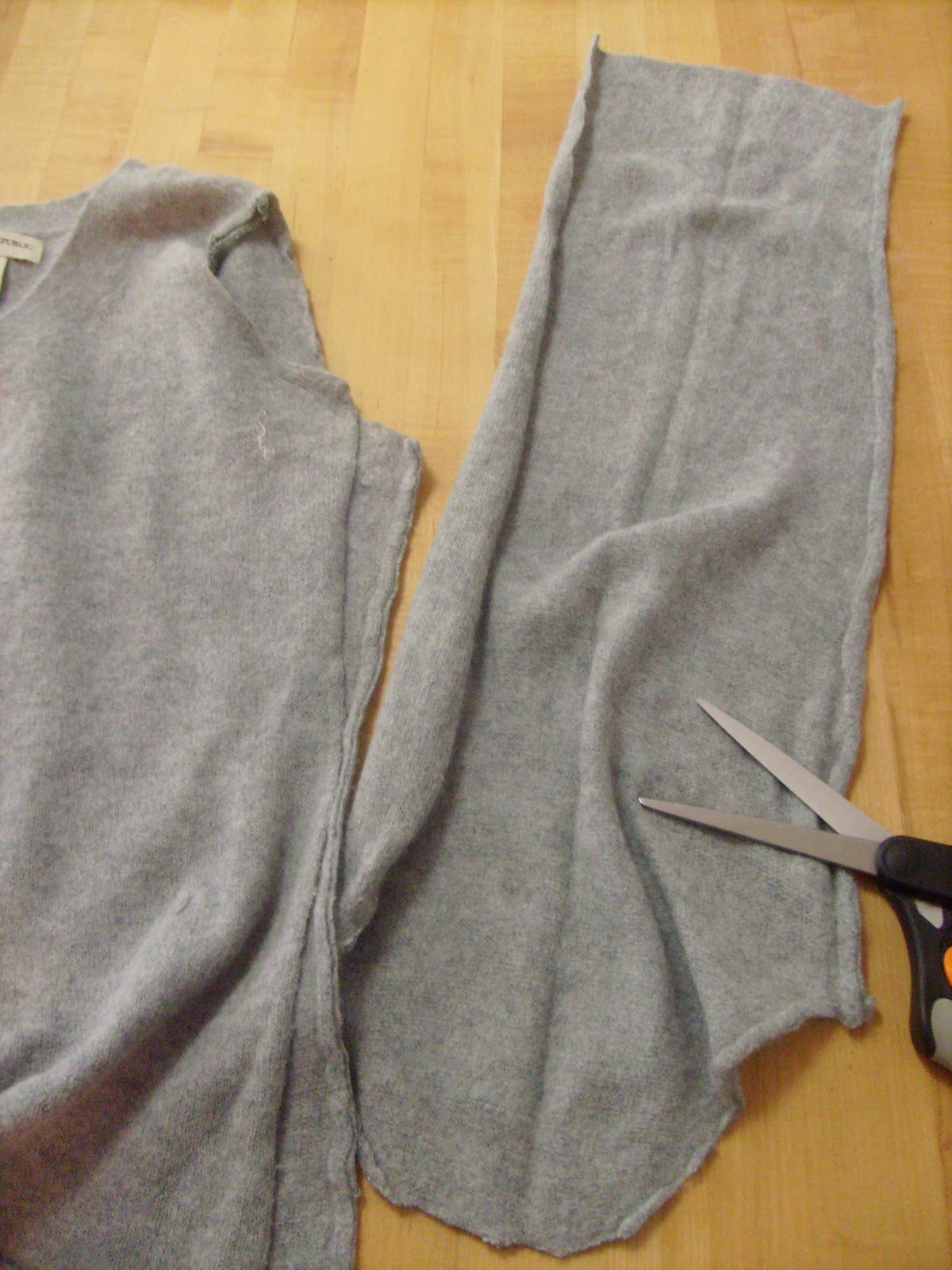Cashmere Sweater Scarf Tutorial 41