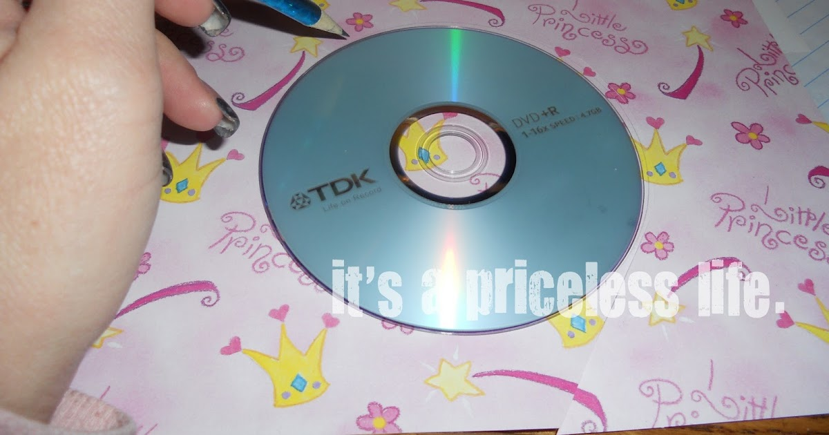 it 39 s a priceless life what to do with this old cd turn it into a. Black Bedroom Furniture Sets. Home Design Ideas