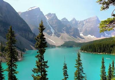 http://2.bp.blogspot.com/_gtJ3q1xvjNQ/TFxUDmRB_tI/AAAAAAAAAB8/RX8KMQePol8/s1600/canadianrockies.jpg