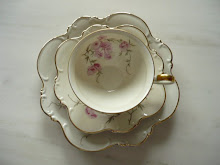 Floral fleamarket cups