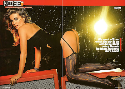 Carmen Electra Loaded MAg 2010